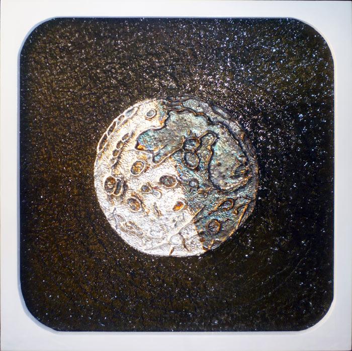 La luna di Francesco Ceccaroni e Nicolina Anfora 18-06-2017 cm 37x37 Argento 900, resina, olio, acrilici